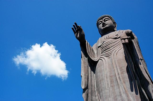 Найбільші статуї Будди в світі: Усику Дайбуцу