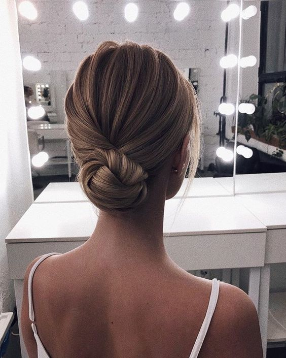5 весільних зачісок, які захоче зробити кожна наречена в 2020 році