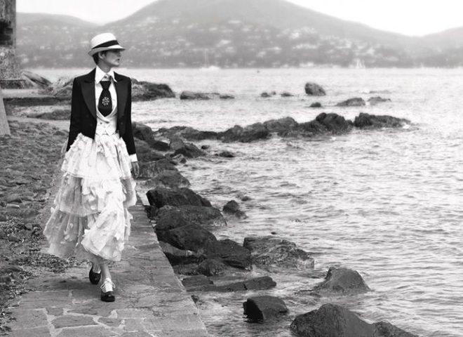 Карл Лагерфельд представив кампейн круїзної колекції Chanel