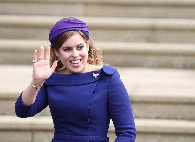 Без платья и пышной свадьбы: внучка королевы Елизаветы нарушила традиции и спровоцировала скандал