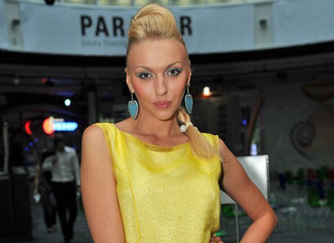 Полякова обладает голосом в 5 октав