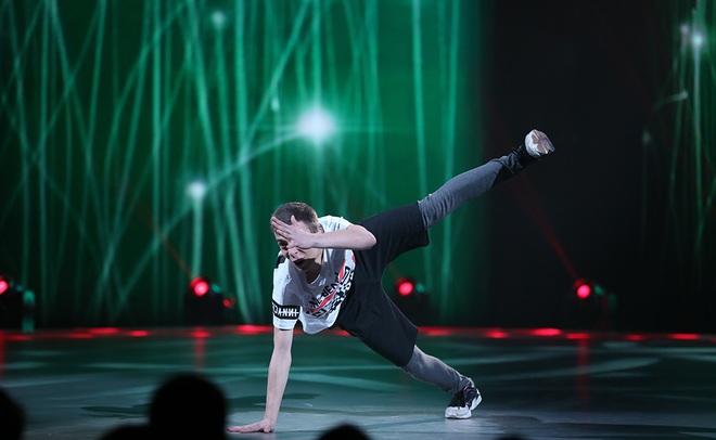 """Суперфиналист """"Танцюють всі!"""" Влад Курочка рассказал, кем видит себя в будущем"""