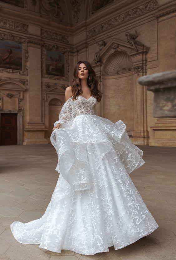 Весільні сукні для нареченої під знаком зодіаку Козеріг