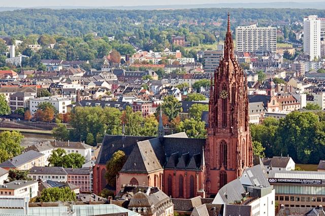 Готические соборы: что увидеть и чем восхищаться - Франкфуртский собор