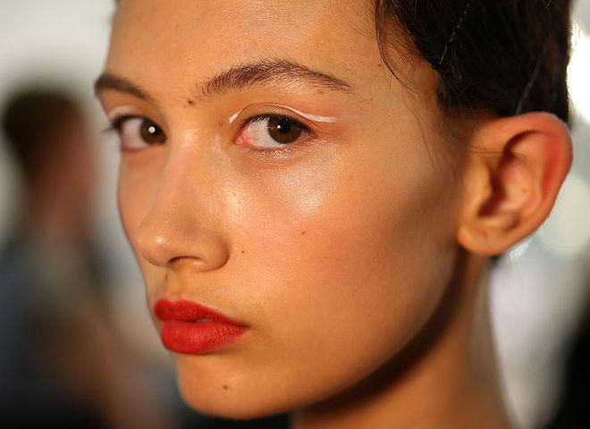 Уход за кожей лица зимой: основные правила