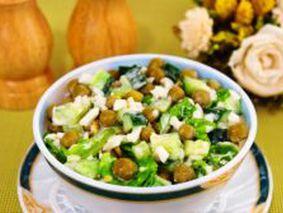 Салат с к зеленым горошком