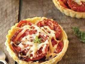 Корзиночки с помидорами и рикоттой