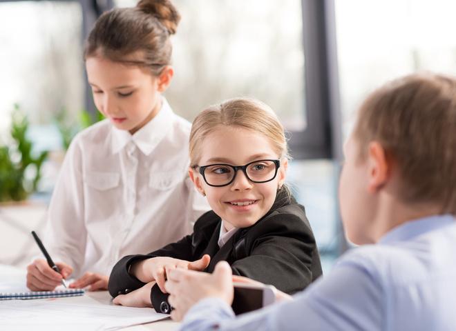 Робота для школярів на літо: які є варіанти?