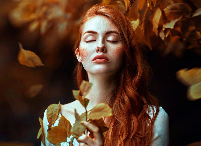 дівчина осінь