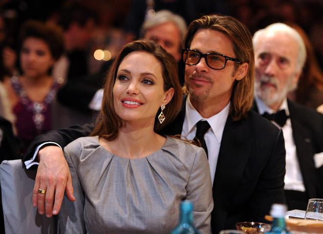 СМИ: стала известна истинная причина развода Джоли и Питта