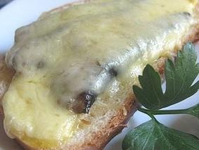 кусные бутерброды со шпротами