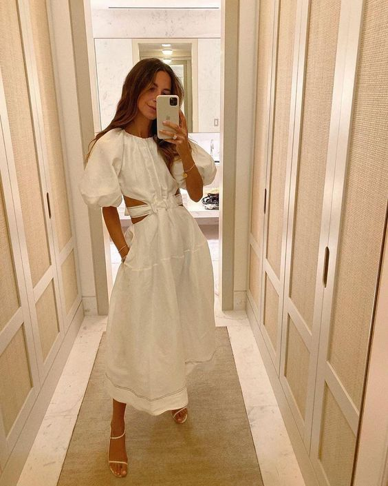 Сукня з розрізами на талії — тренд сезону весна-літо
