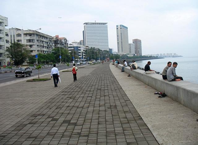 Цікаві місця Мумбаї: набережна Марин-драйв