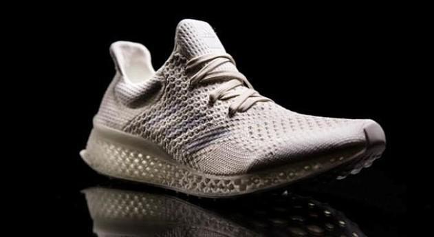 Кроссовки будущего: Adidas напечатал кроссовки на 3D-принтере