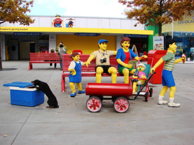 Куди відправитися дітям на осінні канікули за кордон