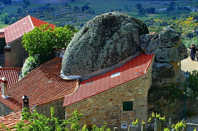 Удивительный дом в Португалии