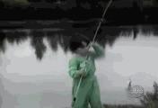 Мальчик на рыбалке