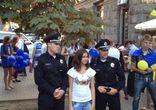Селфи очередь к новой полиции Киева