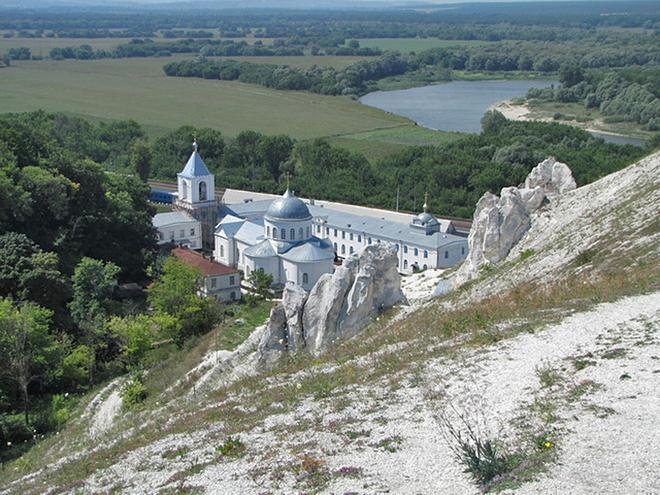 Монастирі в Воронезької області: Дивногорський Успенський монастир