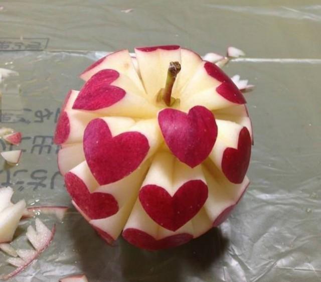 Красивое яблоко любви
