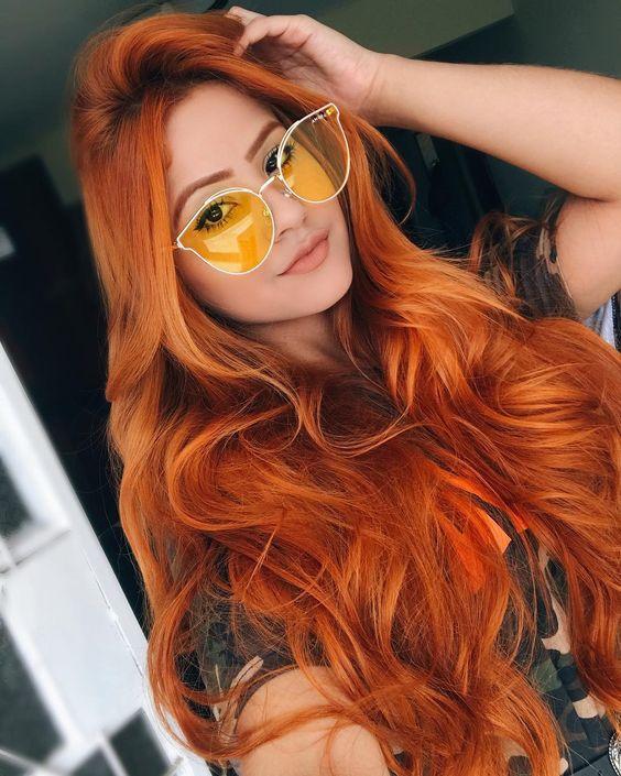 Цвет волос, который молодит