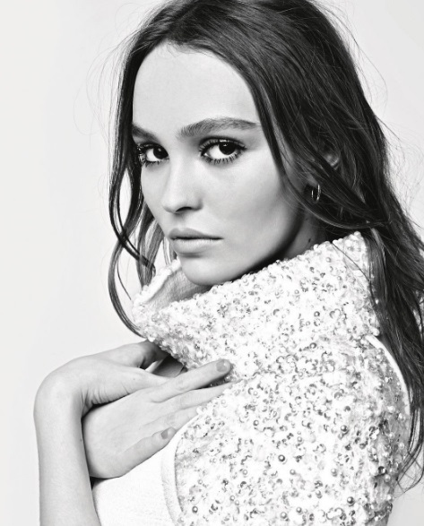 Кара Делевінь і Лілі Роуз-Депп для Chanel