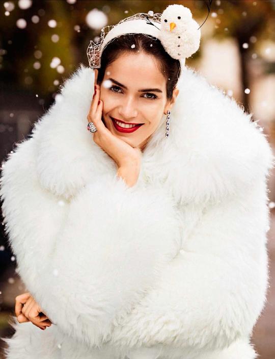 Різдвяна казка від Vogue Spain