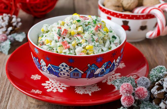 Салат крабовий з кукурудзою