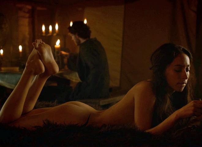 Сексуальные игры престолов: горячие сцены из сериала