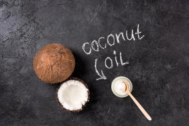 Кокосова олія: 3 незвичайні способи застосування