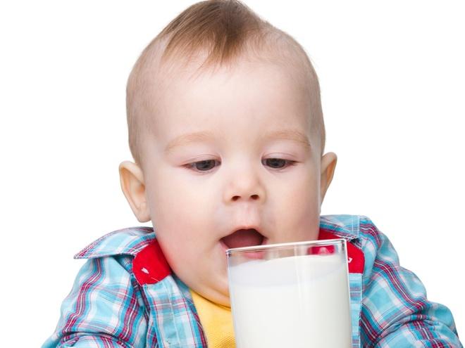 можно ли ребенку молоко