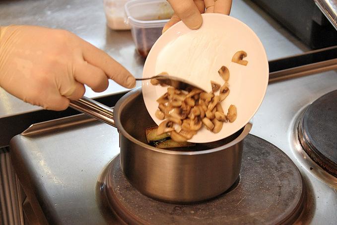 Майстер-клас з приготування качки каррі в ресторані Міредо