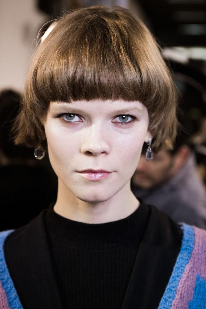 Модные брови 2017: светлые брови