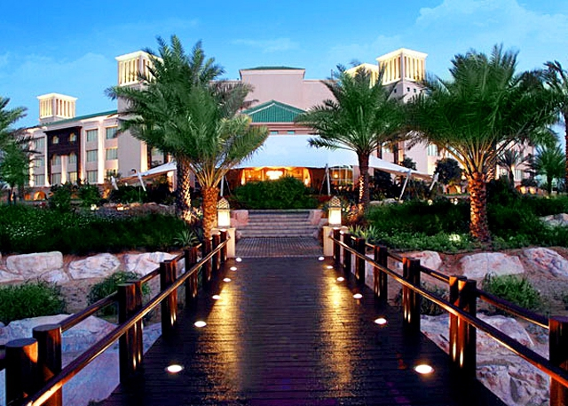 Готелі, в яких турист зобов'язаний провести ніч: готель Desert Islands