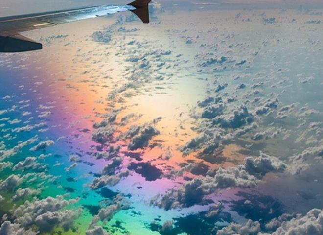 Поради мандрівникам: 10 речей, які краще не робити в літаку