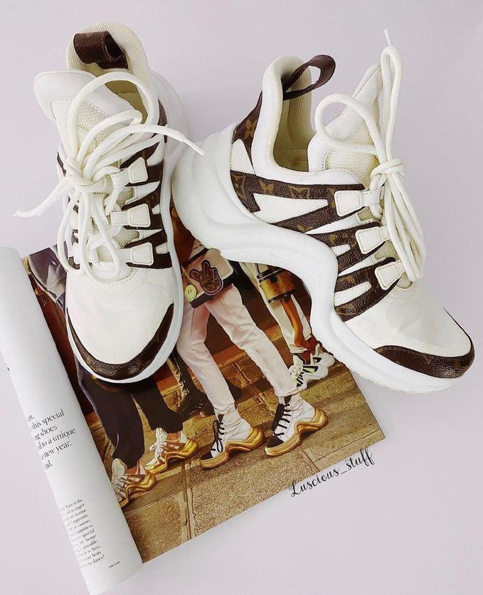 Louis Vuitton Archlight