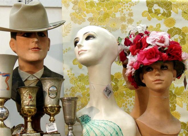 Вінтаж: одягни моднявий мотлох