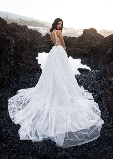 15 универсальных свадебных платьев, которые сделают тебя неотразимой