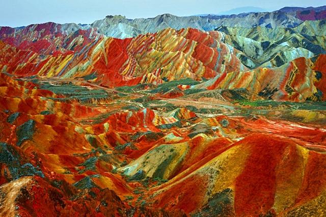 Невероятно, но факт: цветные горы Китая