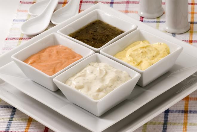 Заправка для салата с майонезом и горчицей