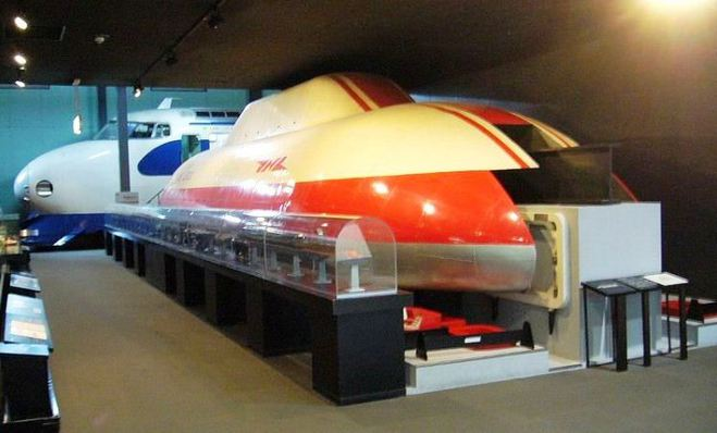 Любителям скорости: 10 самых быстрых поездов 2016 года