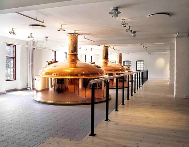 Губить людей не пиво: куди поїхати любителям пінистого - пивоварня «Карлсберг», Копенгаген, Данія