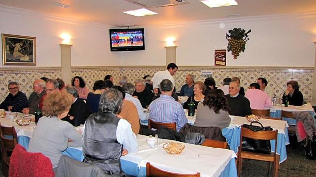 Достопримечательности Лиссабона: ресторан «O Cacho Dourado»