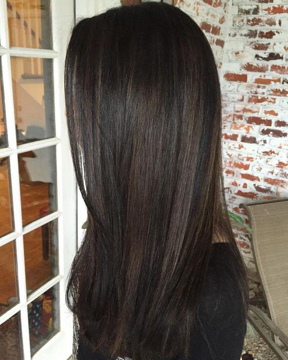 Модные оттенки волос для брюнеток на осень