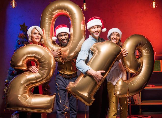 Сценарій на Новий рік 2019: корпоратив  для дорослих