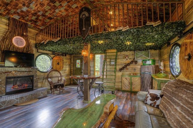 Незвичайний готель «Будинок Хоббіта»: занурся в романтику міфічного Середзем'я