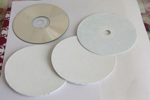 Магнитики на холодильник из СD дисков своими руками