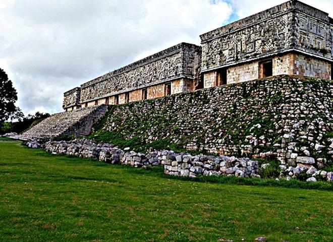 Занурюємось в таємничу цивілізацію майя: Ушмаль
