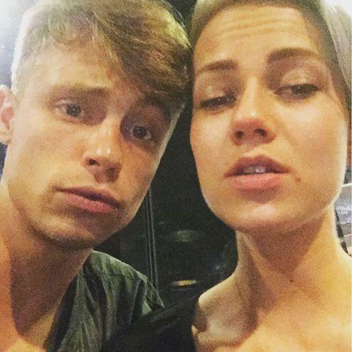 Олександр Головін з дівчиною