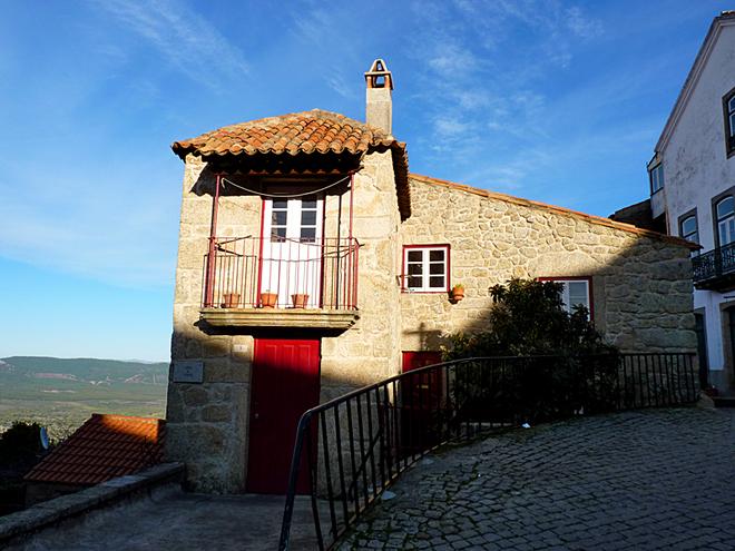 Сільський туризм в Португалії: Монсанто